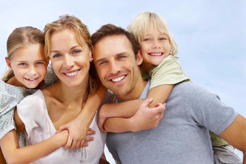 family-mother-father-children_marine-minerals_130614-article.jpg